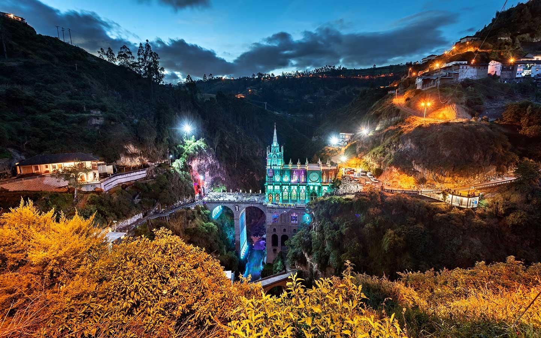 11Ago - Bolivar, Padre Libertador. Bicentenario - Página 16 Santuario-mas-hermoso-del-mundo-las-lajas-turismo-ipiales-colombia