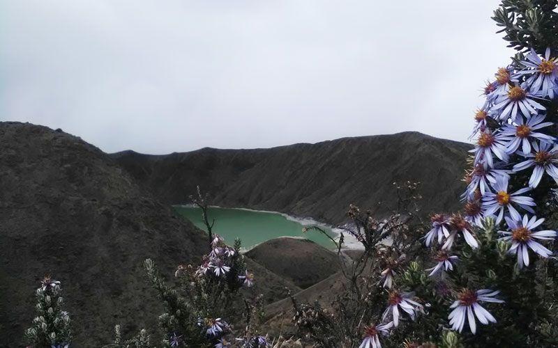 Una Esmeralda en los Andes - Laguna Verde - Volcán Azufral